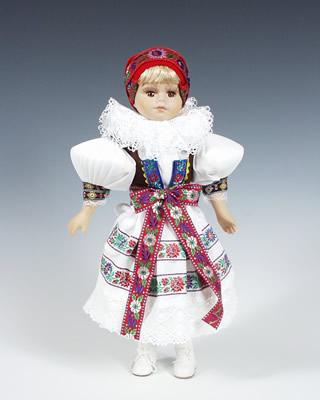 Hanačka , panenka v národní kroji