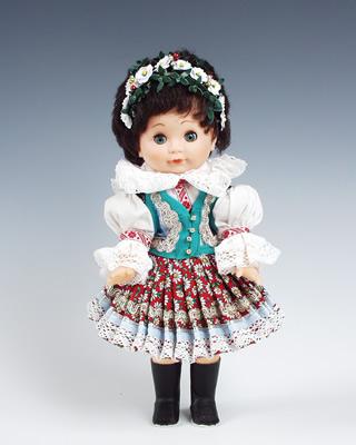 Strananka , panenka v národní kroji