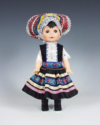 Tekov , panenka v národní kroji