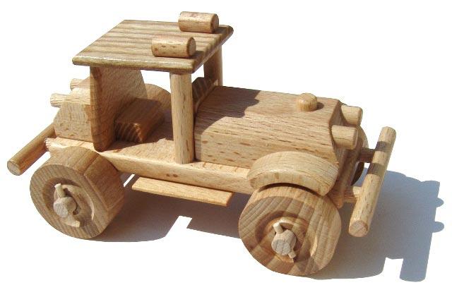 Terénný auto , dřevěná hračka