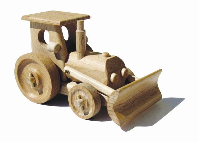 Traktor , dřevěná hračka