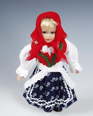 Valaška  , panenka v národní kroji