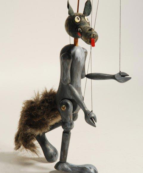 Vlk , loutka marioneta