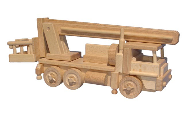 Auto dřevěná hračka