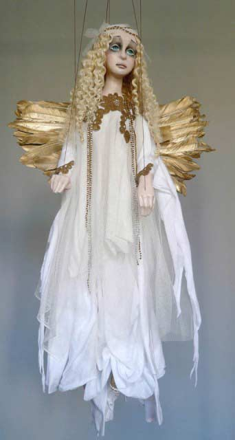 Bílý anděl , loutka marioneta