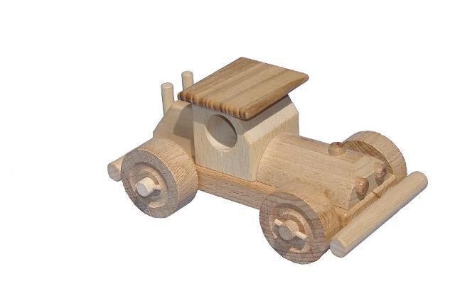 Bugina dřevěná hračka