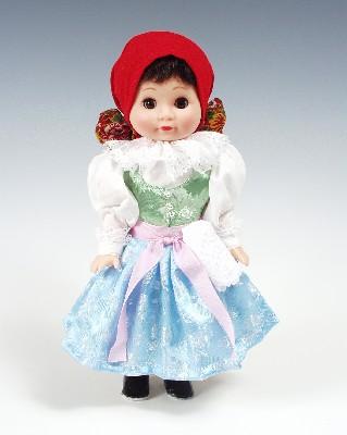 Stražnicanka panenka v národní kroji