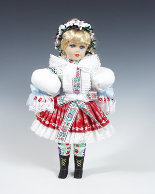 Uhersky Brod panenka v národním kroji